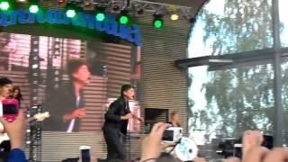 Robin - Boom Kah ft. Mikael Gabriel & Uniikki live Helsinki 30.8.2013