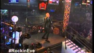 Macklemore with Ryan Lewis Thrift Shop/Can't Hold Us Live New Year's Eve 2014