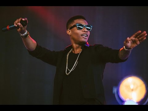 Wizkid performs at the 2016 Ghana music awards where he won best African artist