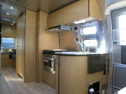 Small Airstream Trailer >> Digital Nomad RV Airstream Flying Cloud 25FB Twin - YouTube