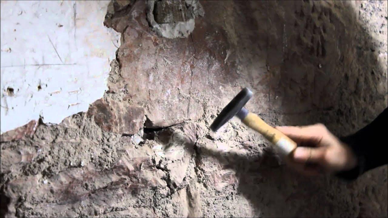 DIY Bruchsteinwand / Sichtstein freilegen - YouTube