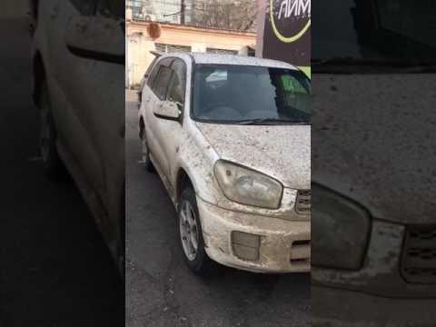Девушка пригнала машину на мойку..))) Ржу  18+ В видео присутствуют маты,