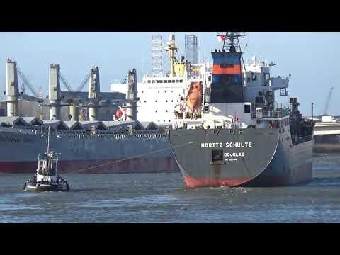 MORITZ SCHULTE, IMO 9220794 LPG tanker -GIOVANNI TOPIC, IMO 9 251315  Bulk Carrier