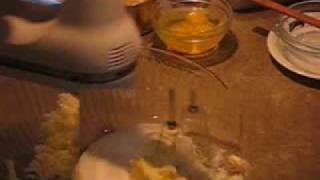 How To Make Banana Chocolate Chip Snack Cake