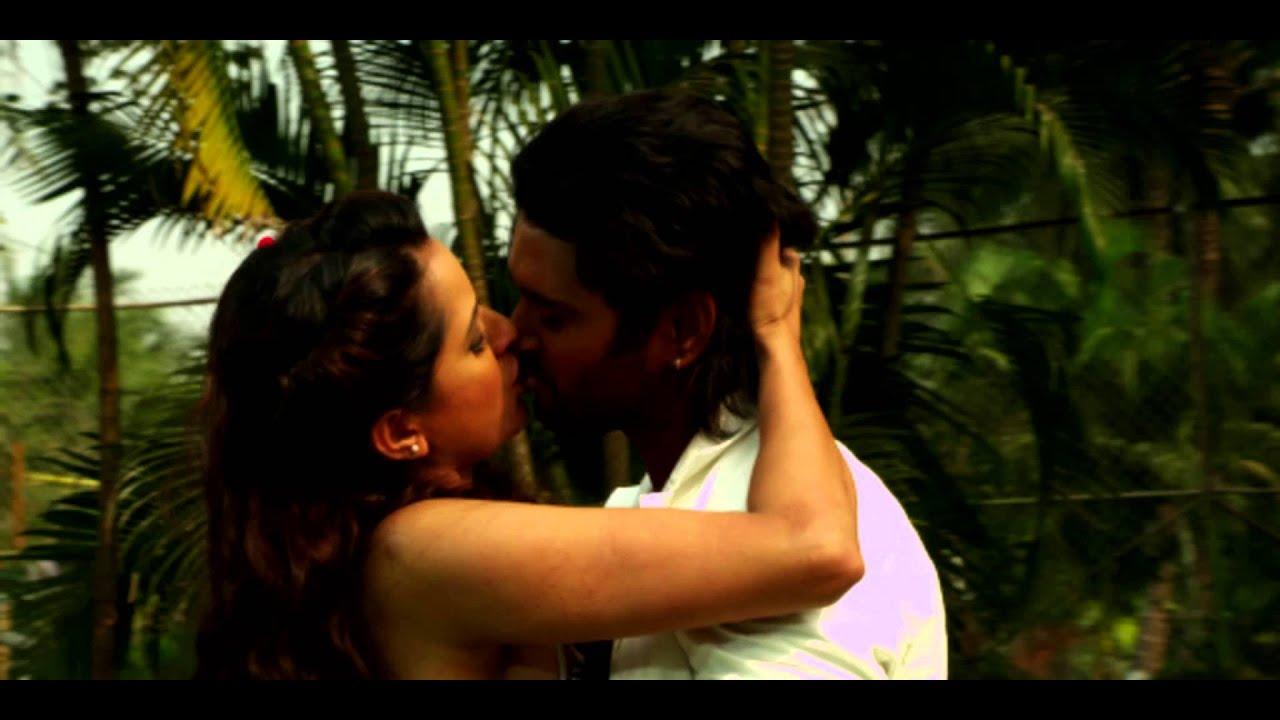Rakhi tripathi smooch dating