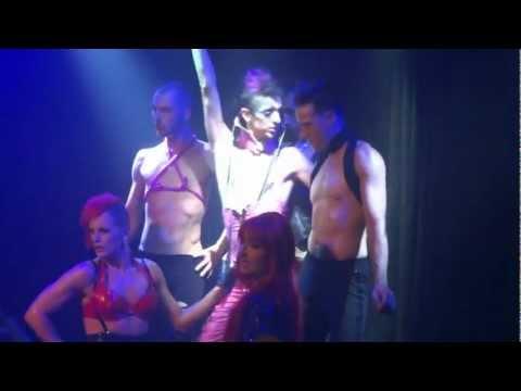 Drag Queens au cabaret Le Drague (Québec) - Aperçu 2012