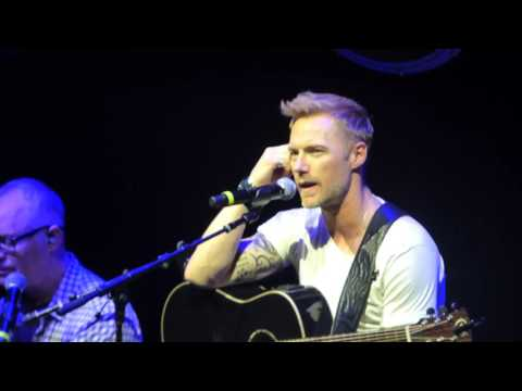Ronan Keating Birmingham 27/09/16. Baby Can I hold you with Metaxas and Falling Slowly