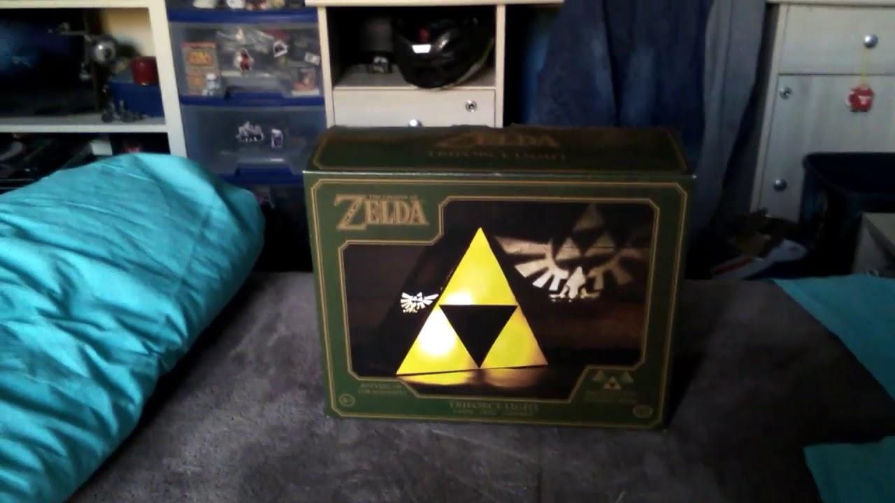 On S Ouvre Ma Lampe Tri Force Zelda Et Top 5 Des Livres Que Je Vous
