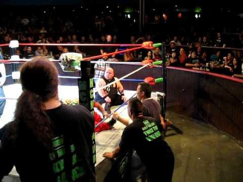 Midget wrestling meatball