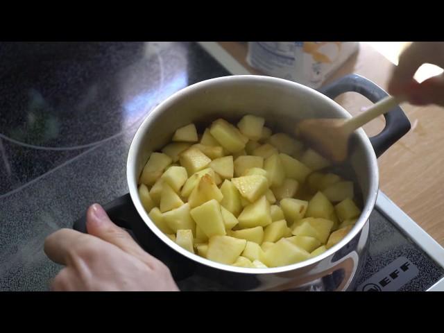 Apfelkompott und Eierkuchen