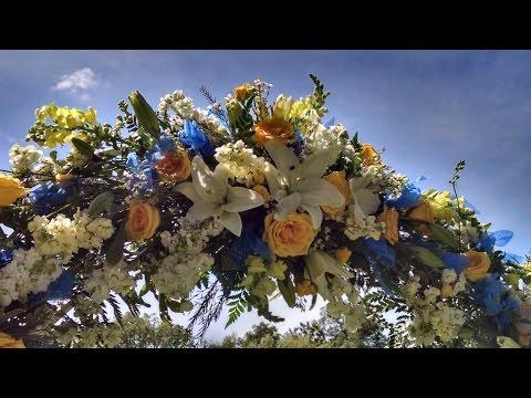 Summer Outdoor Wedding by Gillespie Florists