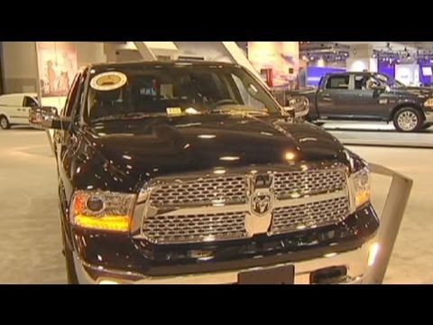 retour du 4x4 au salon de l 39 automobile de washington youtube. Black Bedroom Furniture Sets. Home Design Ideas
