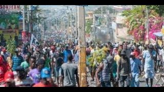 04 OCT/HAITI CHO MOUN PREN GAZ REVOLUTION KOMENCE UNION EUROPEN PREN PRESION