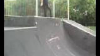 north walsham skatepark bail off vert!!