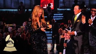 Best R&B Performance: Beyonce feat. Jay-Z | GRAMMYs