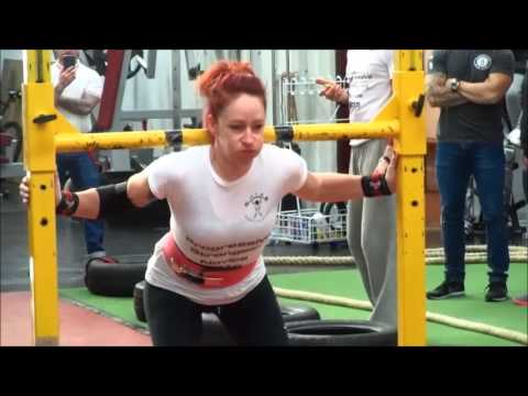 Progressive Strongest Novice Women Competition at PTS Gym Northampton 31st Oct 2015