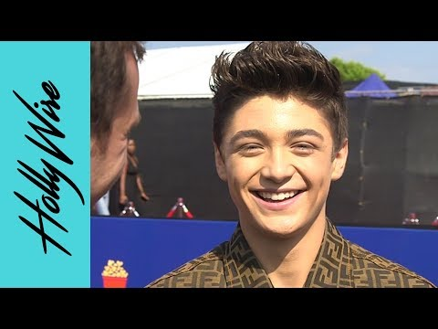 Asher Angel Spills On His Perfect Movie Date With Annie LeBlanc! | Hollywire