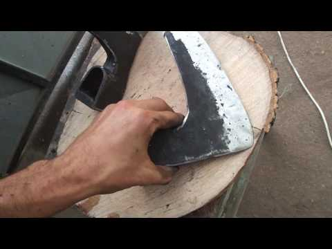 Klepanje, kovanje i restauracija sekira