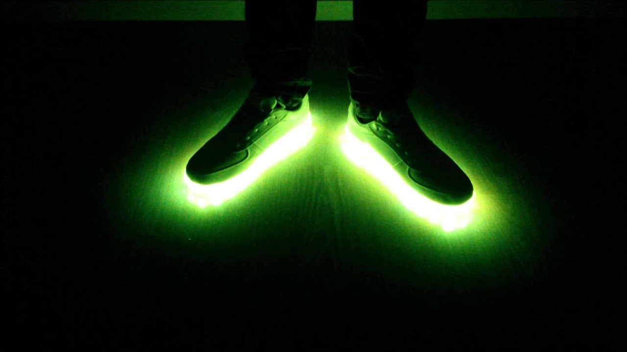 Leuchtende Informationen Led Schuhe Zum Mit Trend OkwPn0