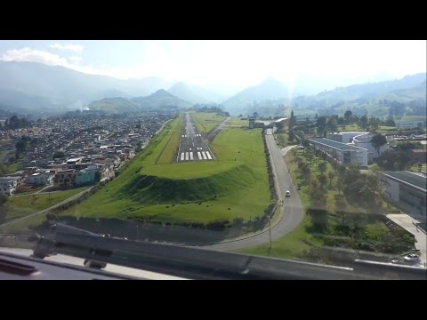 Most Difficult Landing in Colombia - Cockpit View [HD 1080p]