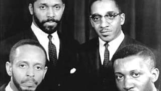 Modern Jazz Quartet foi um grupo de jazz, formado em 1952, por Milt...
