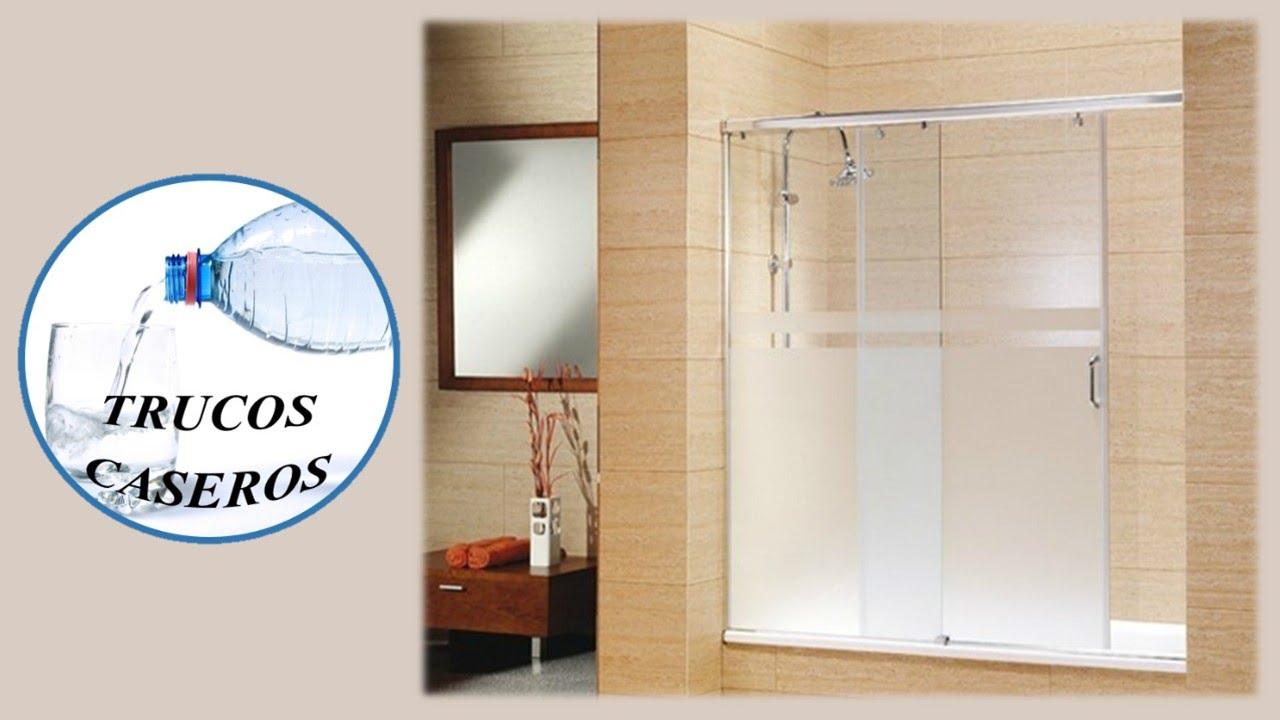 C mo limpiar la pantalla de cristal del ba o con productos - Como limpiar la mampara de la ducha ...