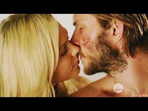 Clay & Elena [Bitten] - Battlefield [1x13]