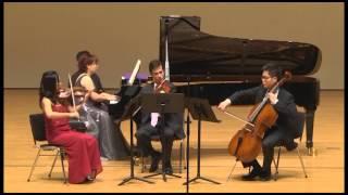 Play Symphony In E Flat Major, G. 513 (Op. 355)