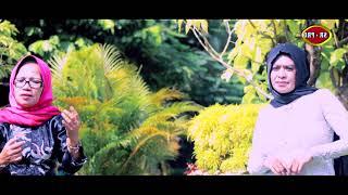 Download Rina Efendy feat. Siti Hani - Ya Nabi Salam (Cintaku Satu) [OFFICIAL] Mp3