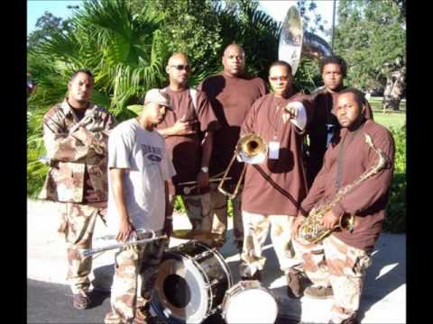 Soul Rebels Brass Band - Groove Train.wmv