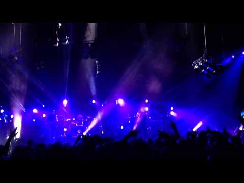 Nine Inch Nails - Piggy (Nothing Can Stop Me Now) - November 8, 2013 mp3