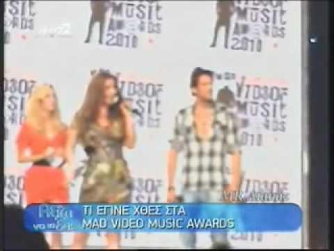 Helena Paparizou - Dancing without music & Awards (MAD VMA 2010) (Aksizei na to deis)
