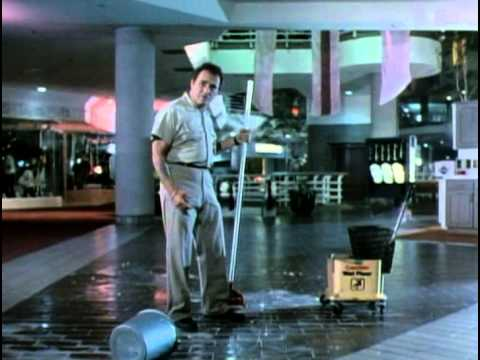 Chopping Mall  Dick Miller gets electrocuted