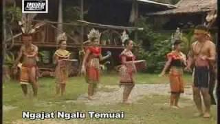 Taboh vol 8 Ngajat Ngalu Temuai - Iban Tradisional Dance 2009