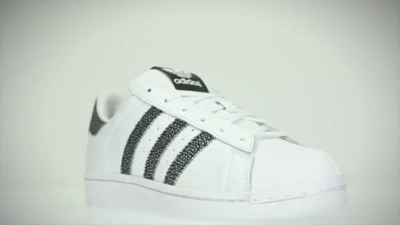 16d700b7124 Adidas SUPERSTAR W witte lage sneakers - YouTube