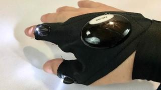 LED Flashlight Fingerless Glove by TraveT review