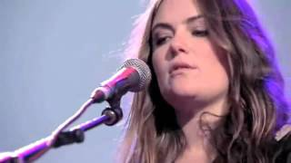 """The Gorgeous Julia Stone - """"For You"""" Live Performance (Syndey NSW)"""