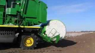 Deere Cotton Picker/Baler