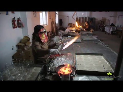 Как делают посуду из стекла. Стекольный завод в провинции Чжэцзян, Китай. Glass Factory In China