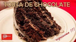Aplicación dulce de leche y fudge a la torta de chocolate