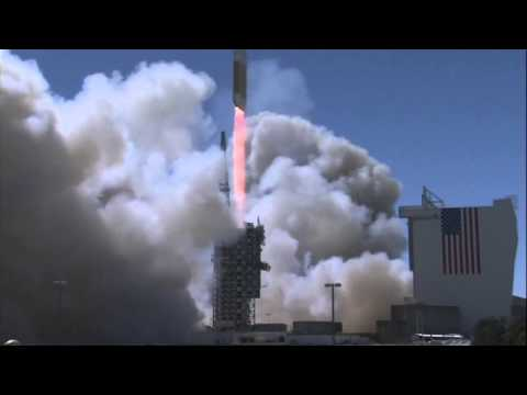 America's biggest rocket blasts off, likely carrying spy satellite (VIDEO)