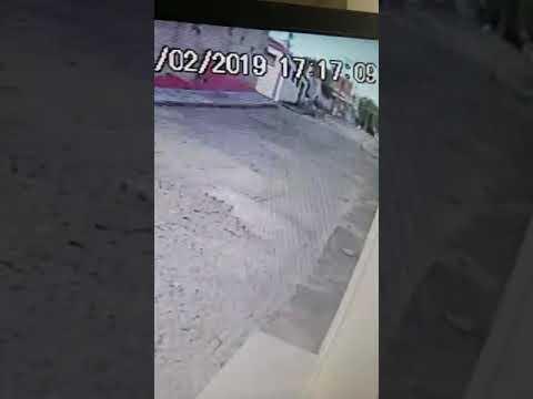 POLICIAL: ELEMENTO QUE TENTOU INVADIR CASA DE DR PEDRO CORDEIRO TAMBÉM TENTOU ROUBAR OUTRA BABÁ NA MESMA RUA
