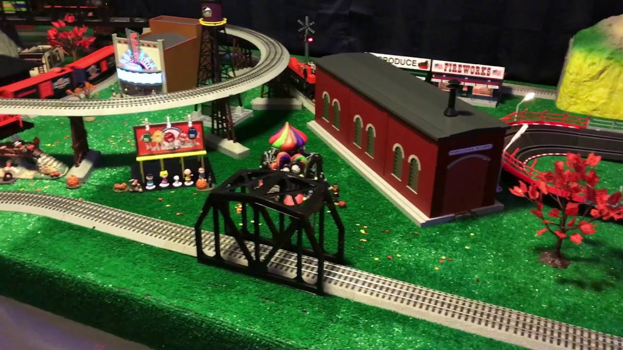 lionel mth halloween train layout - Lego Halloween Train