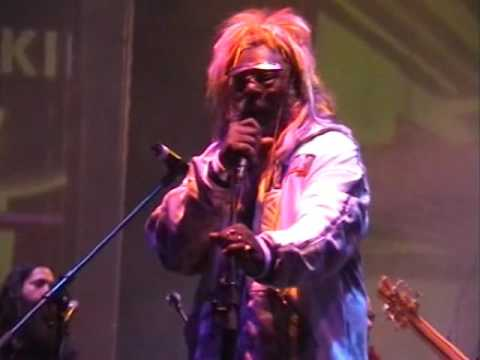 "FUNK MOB & DRUGS feat. GEORGE CLINTON: ""Mothership Connection"" LIVE"
