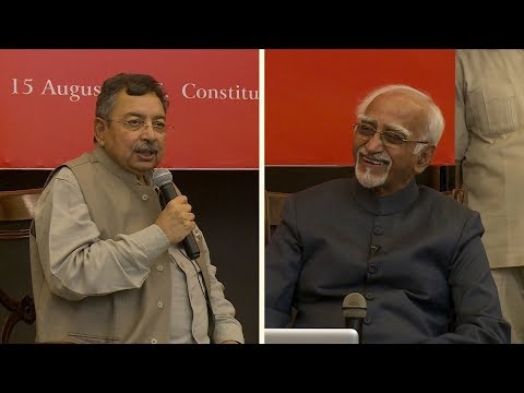 Vinod Dua and Mohammad Hamid Ansari at The Wire Urdu launch
