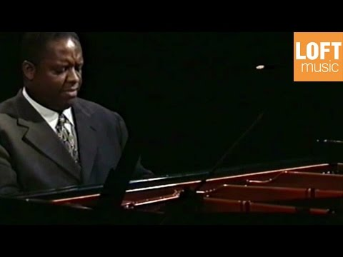 Julian Joseph - Solo Medley (Reality - These Foolish Things - Just One Of Those Things)