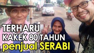 TERHARU! Kakek 80 tahun Ini Masih Berjualan Serabi Bersama Istrinya | Sharing is Caring