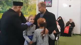 Subhanallah...Dua Gadis Kembar Cili Yang Bisu dan Tuli ini Sembuh Seketika Dengan Ayat Al Quran