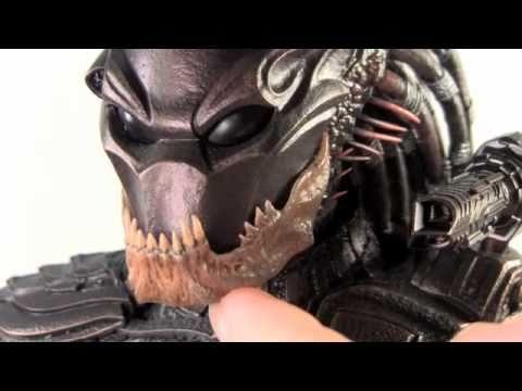 Predators Hot Toys Berserker Predator 1 6 Scale Movie Masterpiece