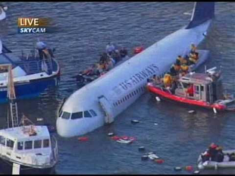 Audio del avión que aterrizó sobre el Rio Hudson, NY [Subtitulado español]